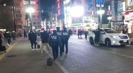 歌舞伎町ルポ 飲食店・キャバクラは全面降伏 遊びたい若者たちは『居酒屋難民』に